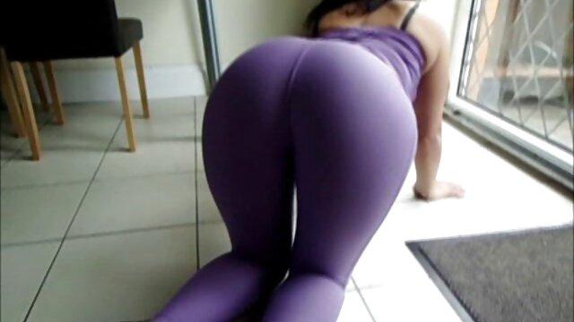 La esposa obligó a su marido a ver porno para adultos gratis buscarle un amante.