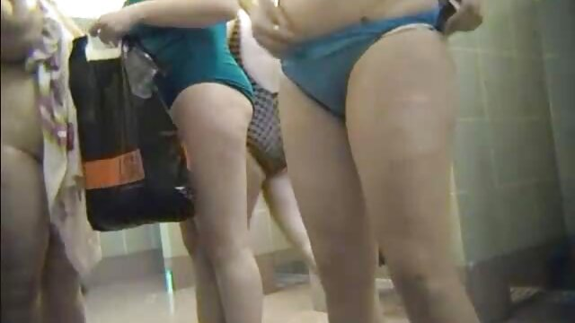 Chica videos gratis para adultos xxx rusa de tetas pequeñas da un agente porno en primera persona